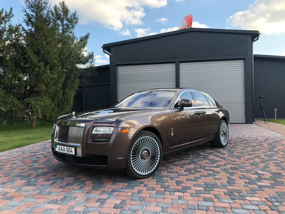 Седан Фото 1 Rolls-Royce Phantom